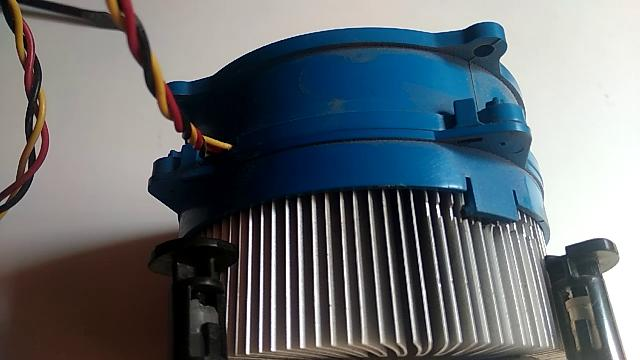 PC-reinicia-constantemente-ventilador-pc-bloque-frio
